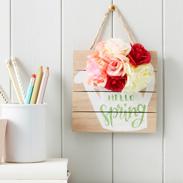 How to Make a Floral Watering Can Sign – Hobbycraft Blog
