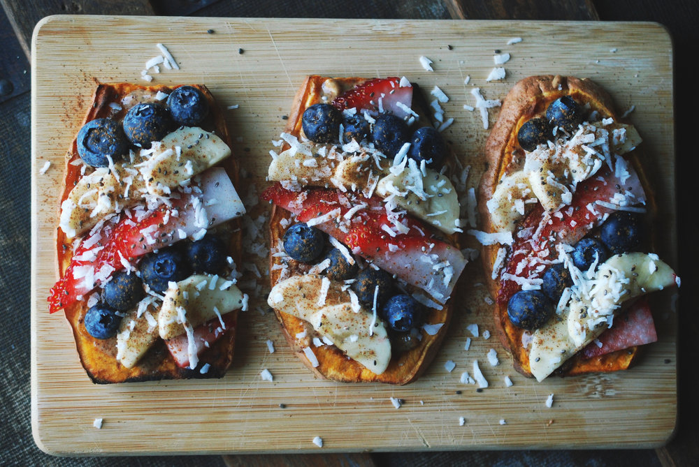 Fruit Pizza Sweet Potato Toast — Maria Makes | Food & DIY Blog